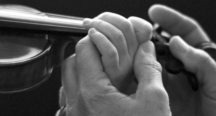 klasicheskata-muzika-vazpitava-v-decata-imunitet-sreshtu-chalgata-i-groznoto-v-jivota-evolife.bg